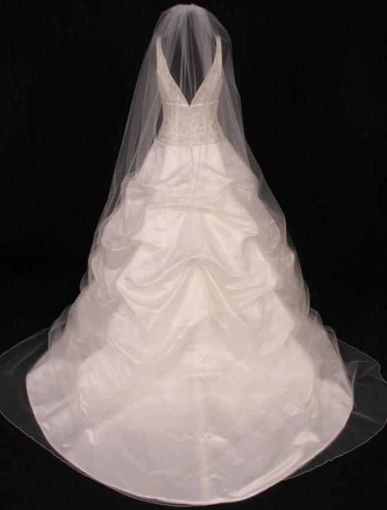 S0100VL Diamond White Bridal Veil