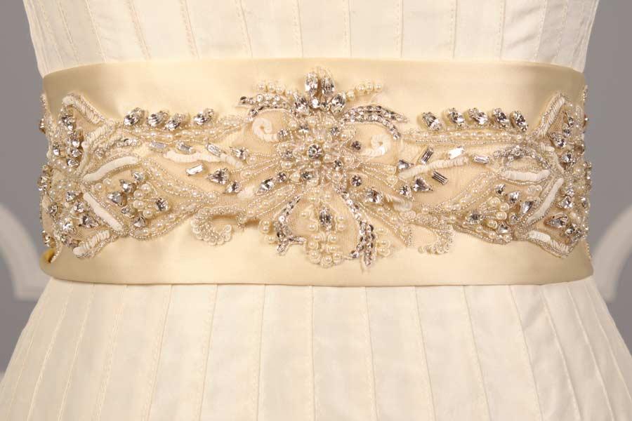 B533 Ivory Embellished Bridal Sash