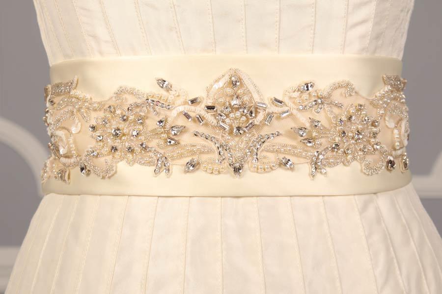 B532 Ivory Embellished Bridal Sash