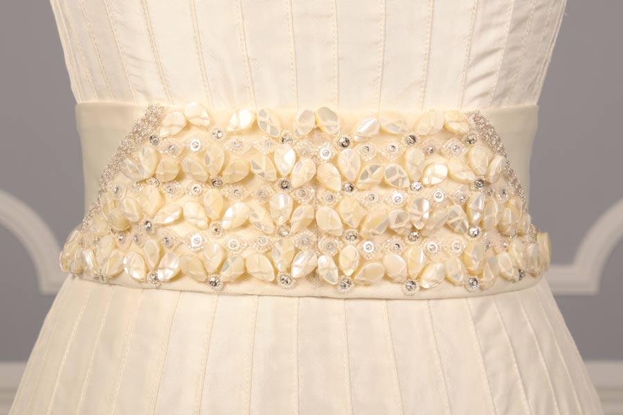 B513 Ivory Embellished Bridal Sash