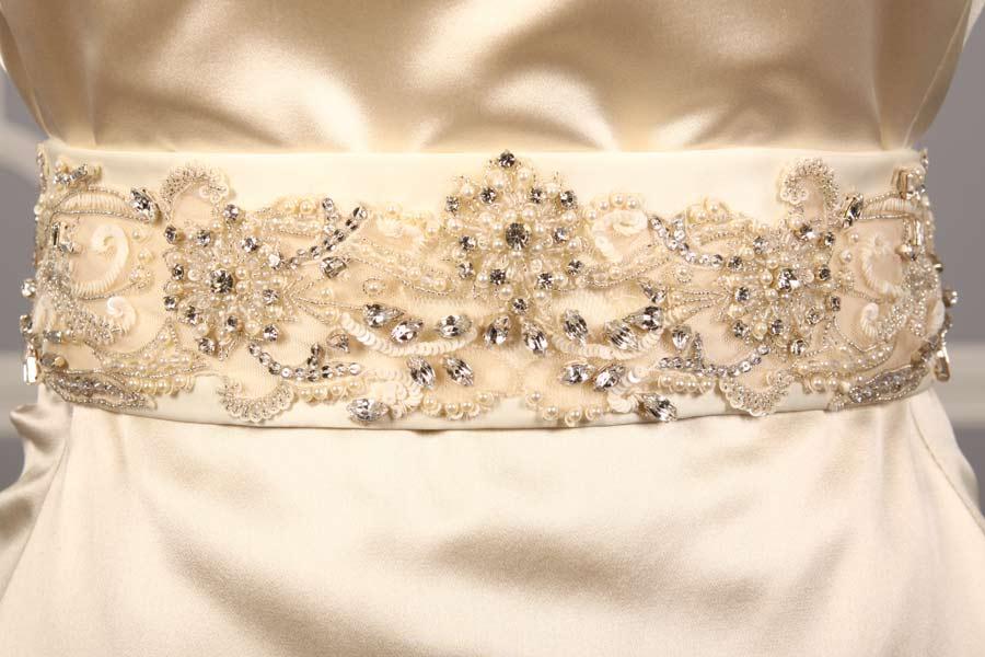B537 Ivory Embellished Bridal Sash