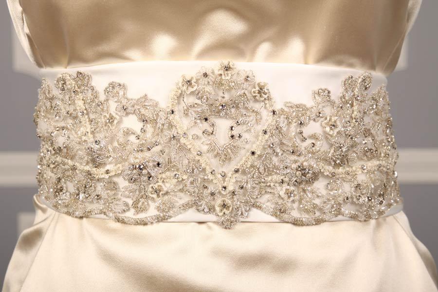 B514 Bridal White Embellished Bridal Sash