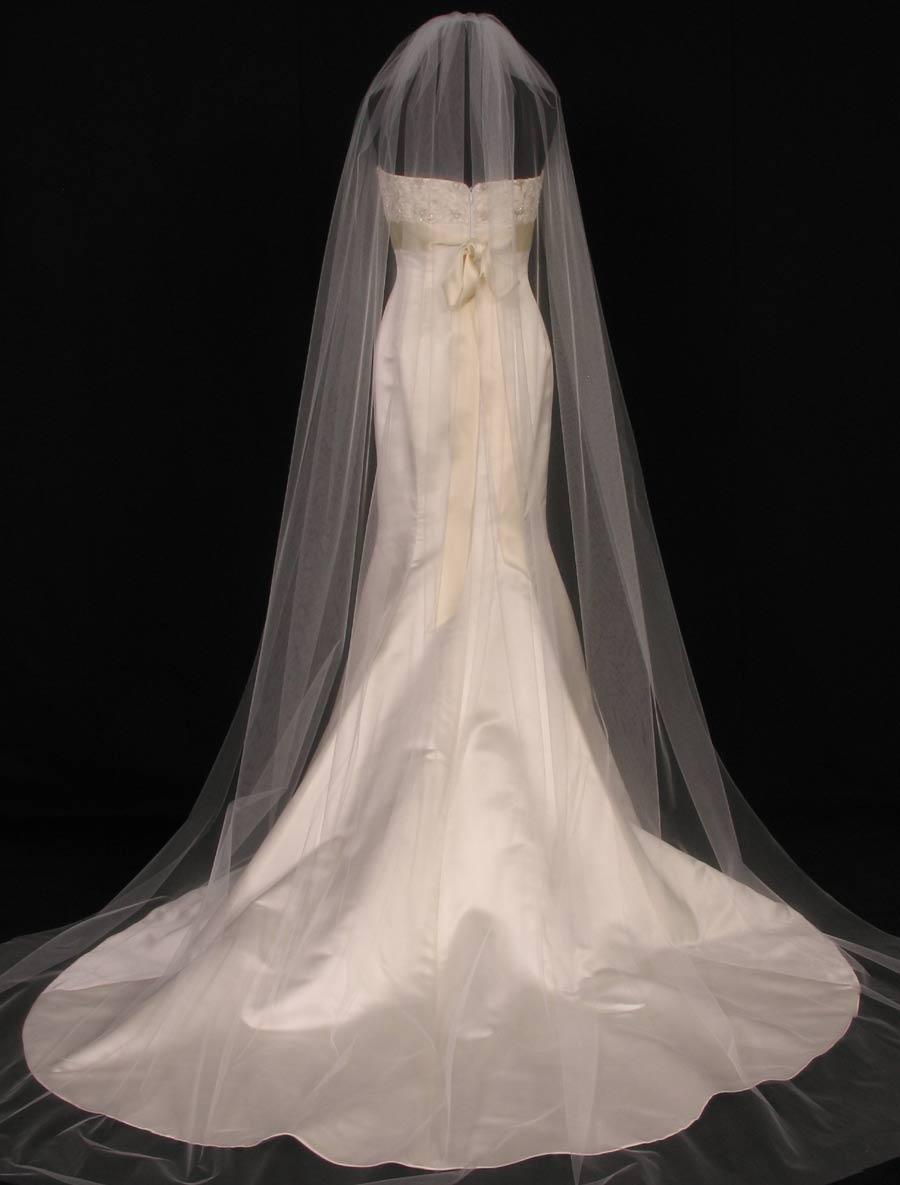 S0101XVL Diamond White Bridal Veil