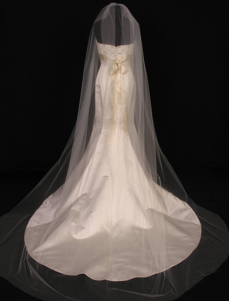 S0101XVL Ivory Bridal Veil