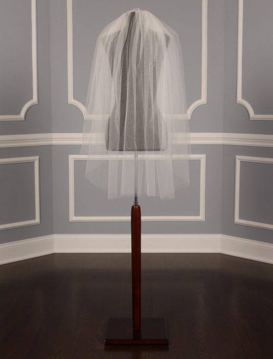 S04VL Ivory Bridal Veil