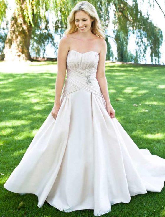 Lea-Ann Belter Sasha Wedding Dress