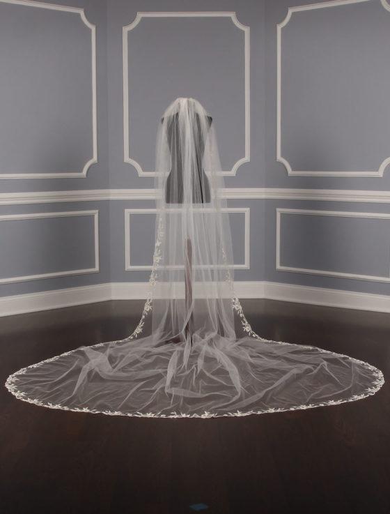 St. Pucchi M1324-2 Bridal Veil