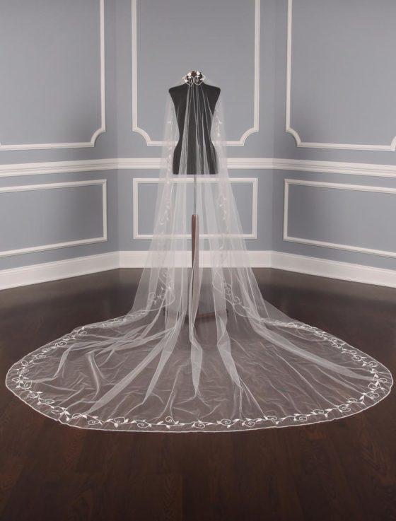 St. Pucchi M1362-2 Bridal Veil
