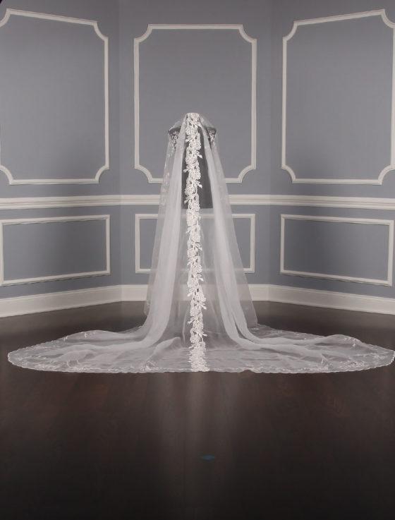St. Pucchi M6217 Bridal Veil