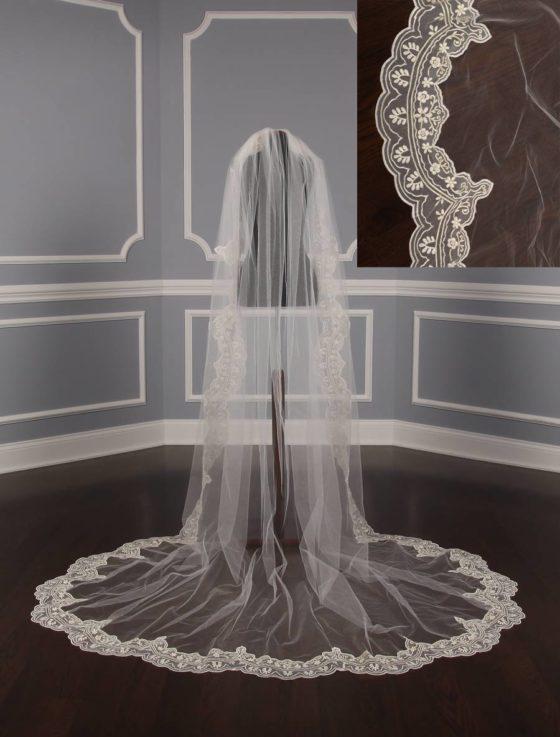 St. Pucchi M9312 Bridal Veil
