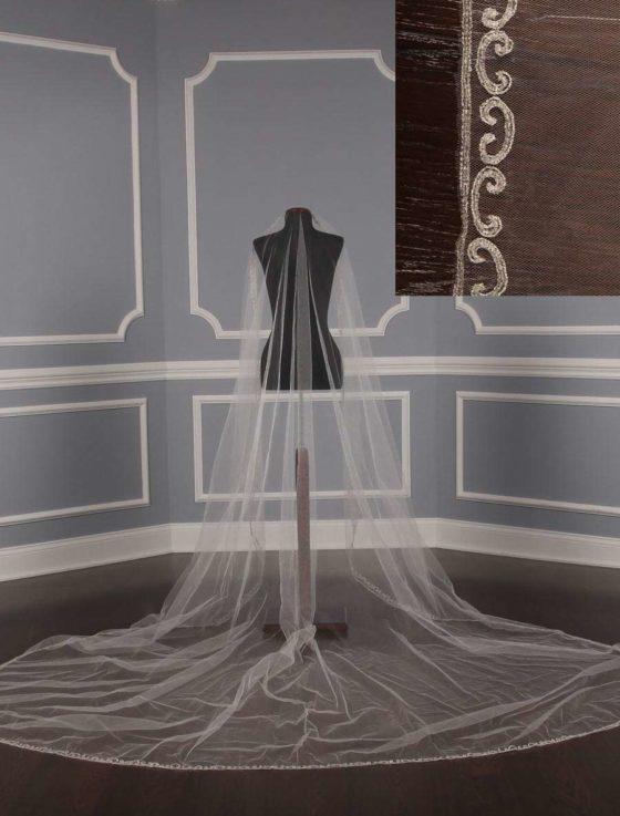 St.-Pucchi-M1567-2-Bridal-Veil