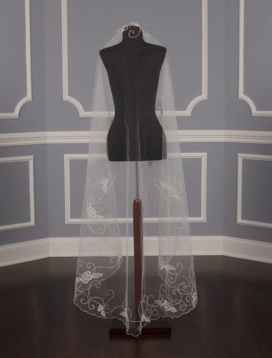 St. Pucchi V-5172 Bridal Veil