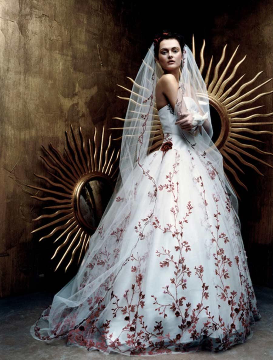 st pucchi fleur wedding dress on sale your dream dress. Black Bedroom Furniture Sets. Home Design Ideas