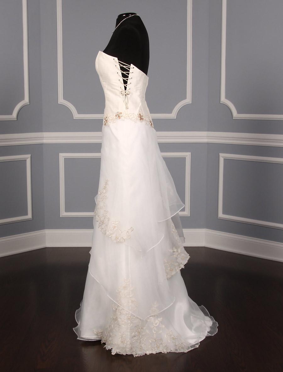 St Pucchi Valencia Z134 Wedding Dress On Sale