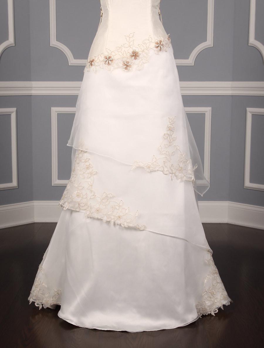 St. Pucchi Valencia Z134 Wedding Dress on Sale - Your Dream Dress