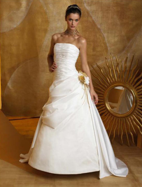 St. Pucchi London Z167 Wedding Dress