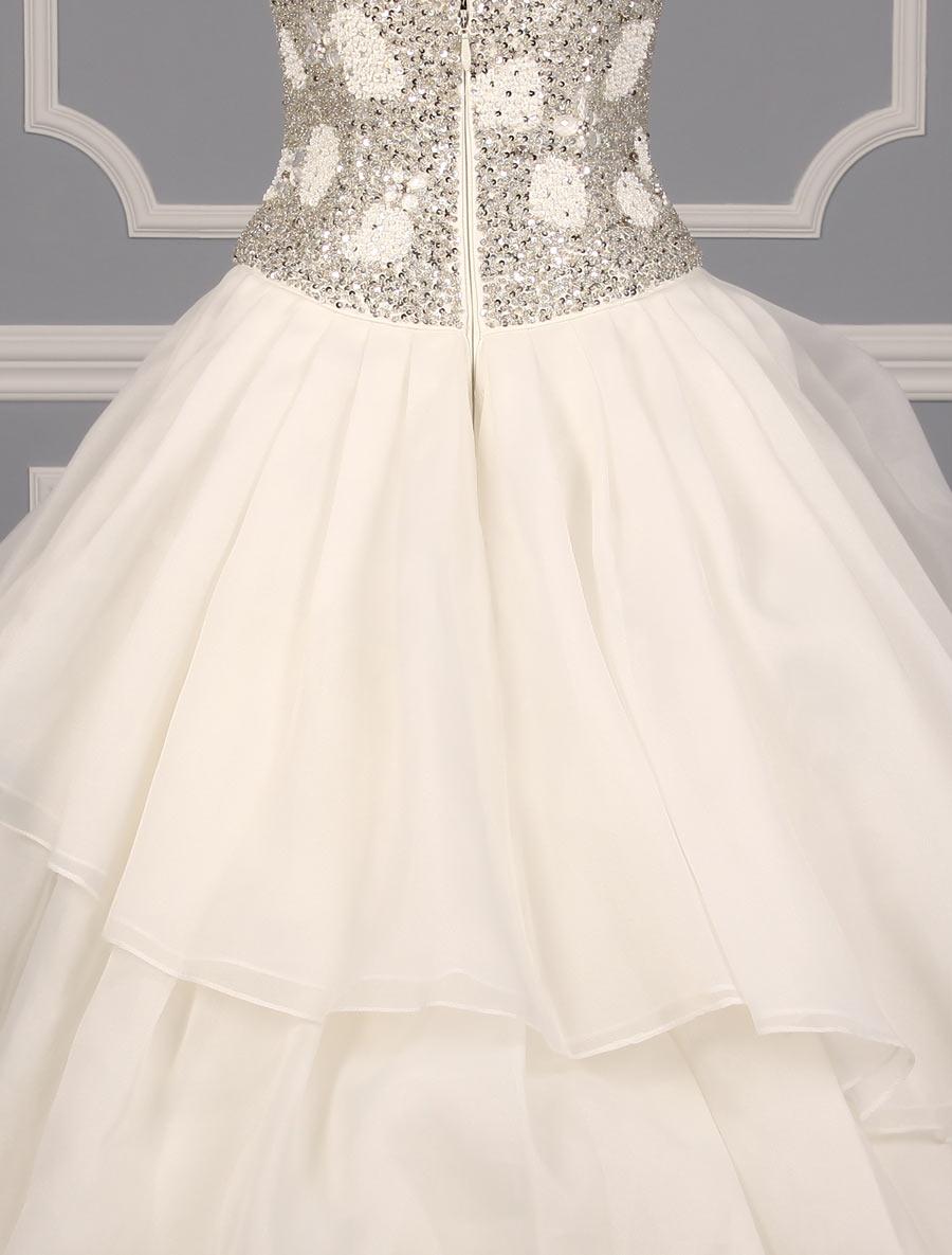 St pucchi annabelle z346 wedding dress back skirt detail for Wedding dress with back detail