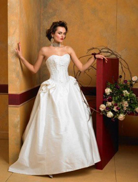 St. Pucchi Emma Z201 Wedding Dress