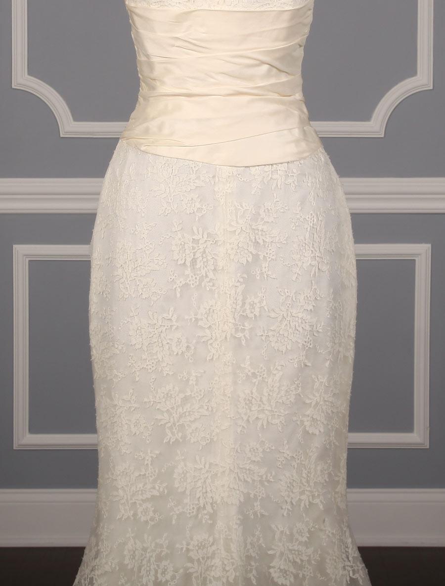 pronovias alcoy wedding dress back skirt detail your dream dress. Black Bedroom Furniture Sets. Home Design Ideas