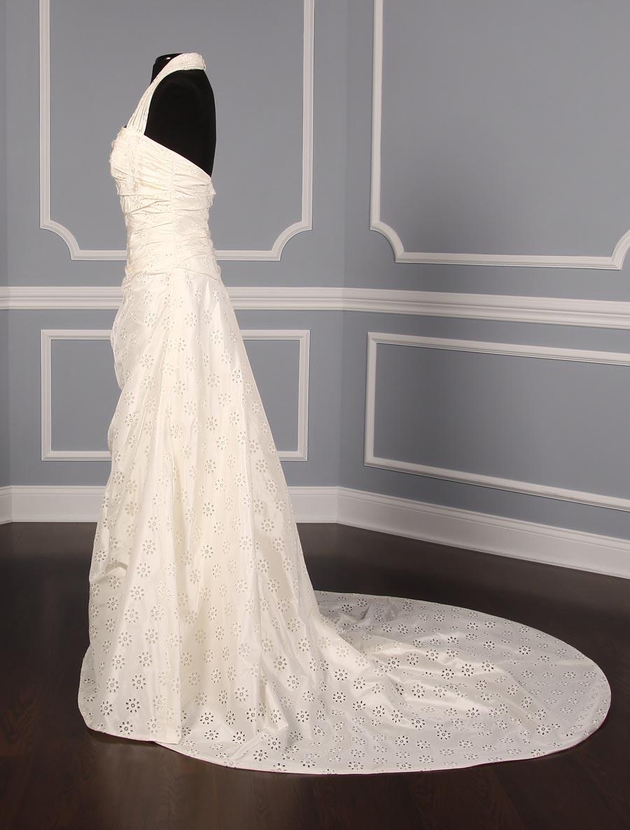 Pronovias discount designer wedding dress etiopia your for Designer wedding dresses at discount prices
