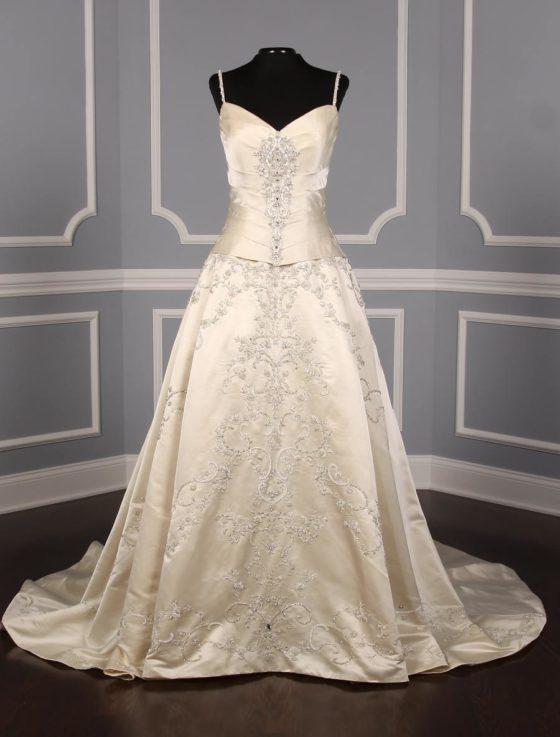 Amalia Carrara 306 Wedding Dress
