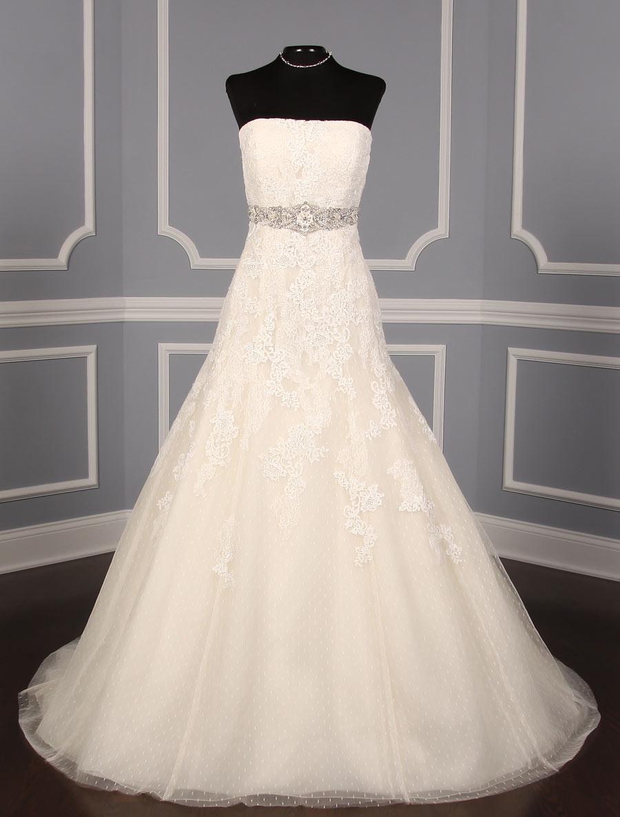 6a434ebc84e2 ... Pronovias Bilyana Wedding Dress Size 16. Previous Next ...