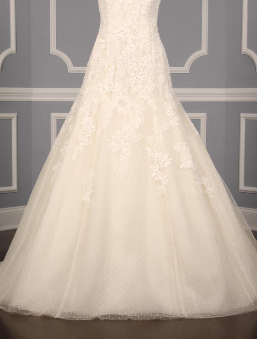 245cf56983b9 Pronovias Bilyana Wedding Dress On Sale - Your Dream Dress