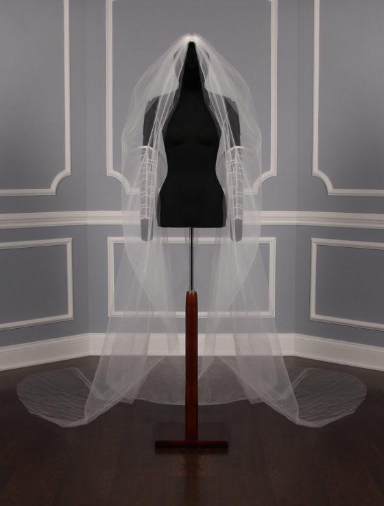 St. Pucchi VS2-1002 Bridal Veil