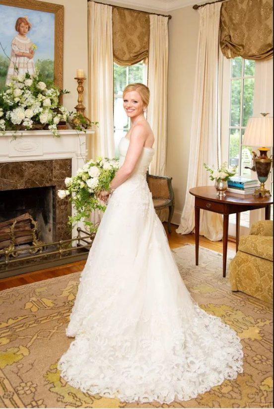 Sarah James Oscar de la Renta Aline 55E07 Wedding Gown
